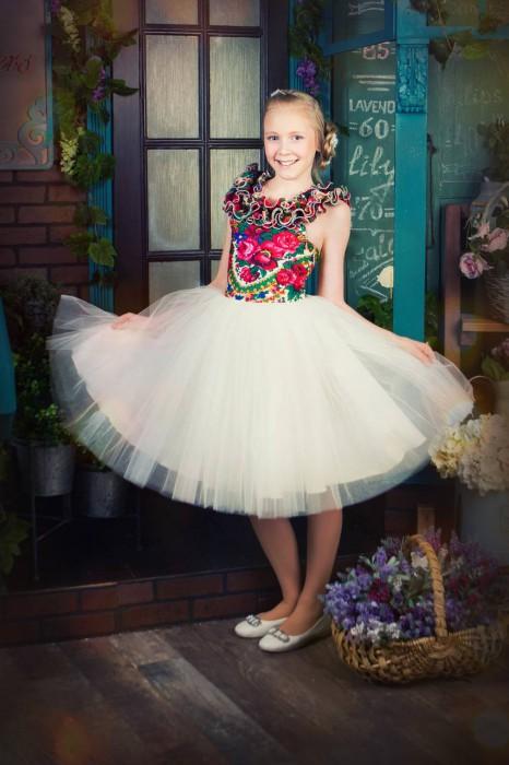 дизайнерское пышное платье в русском стиле